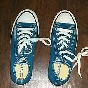 Turqoise Low Top Converse